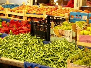 Finike market